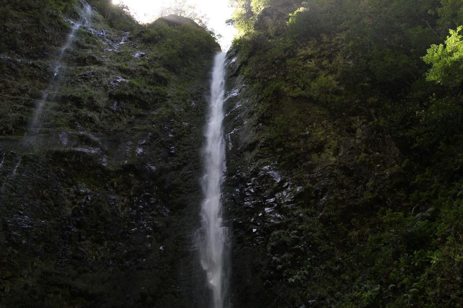 Wasserfall im Caldeirao Verde