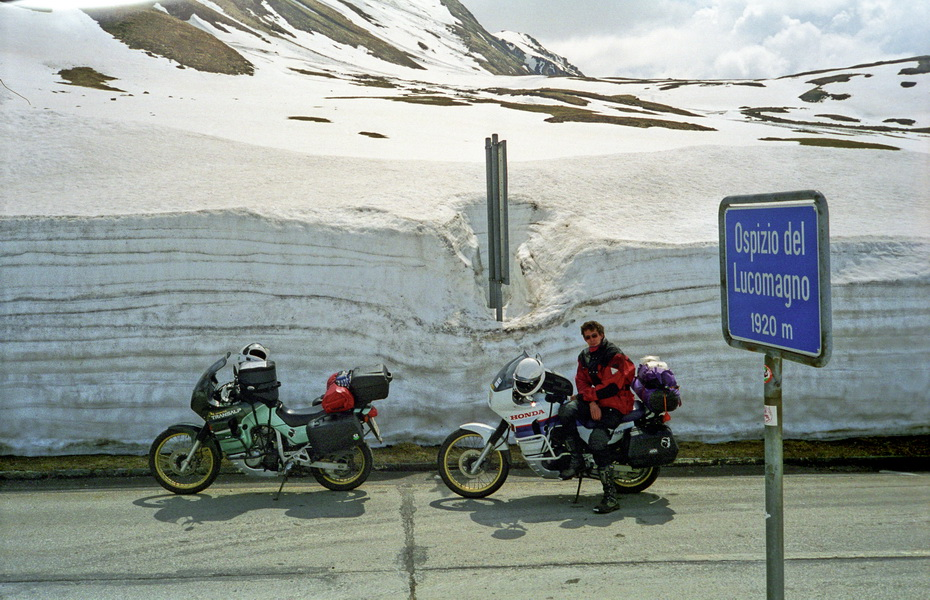 2001-05 Am Lukmanier Pass 1920m