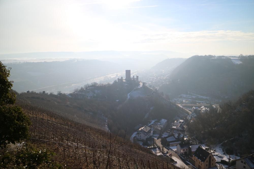 Blick auf die Niederburg Kobern- Gondorf