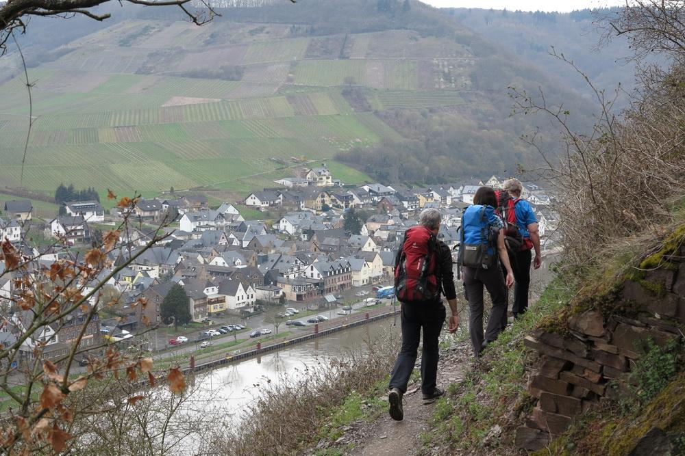 Bergpfad hinter Beilstein