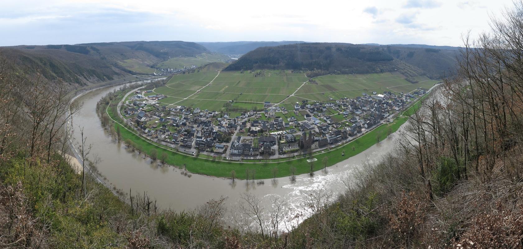 Blick vom Valwiger- Berg