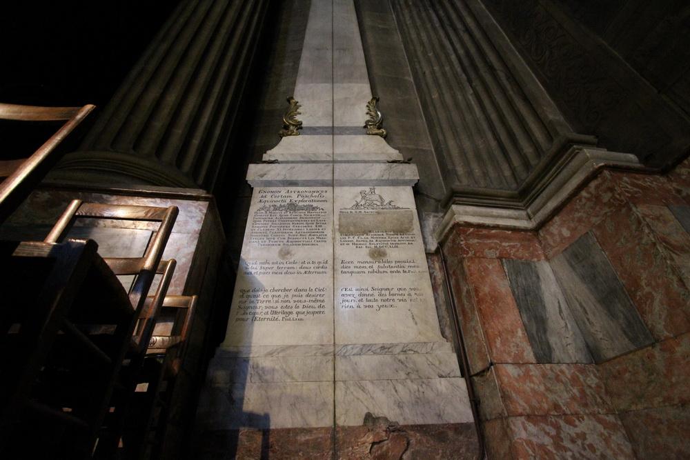 "Der ""Gnomon"" in Saint Sulpice"
