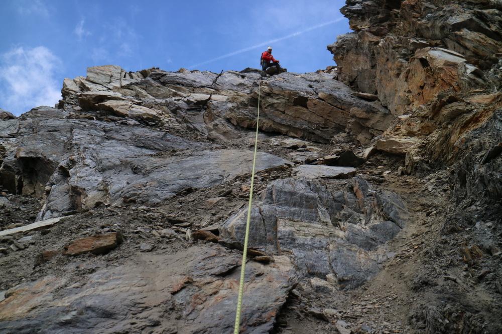 Abstieg unter dem Eisseepass