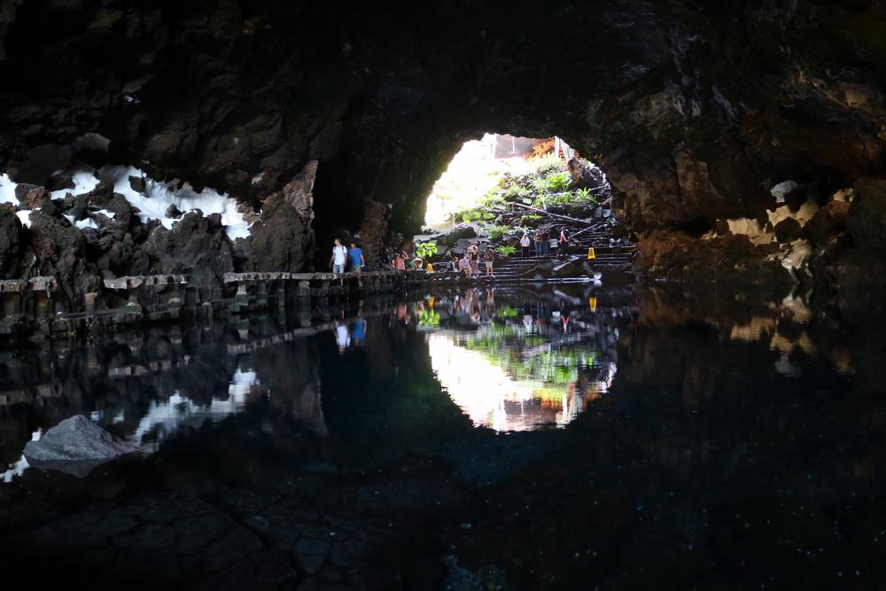Grotte in denJameos del Agua