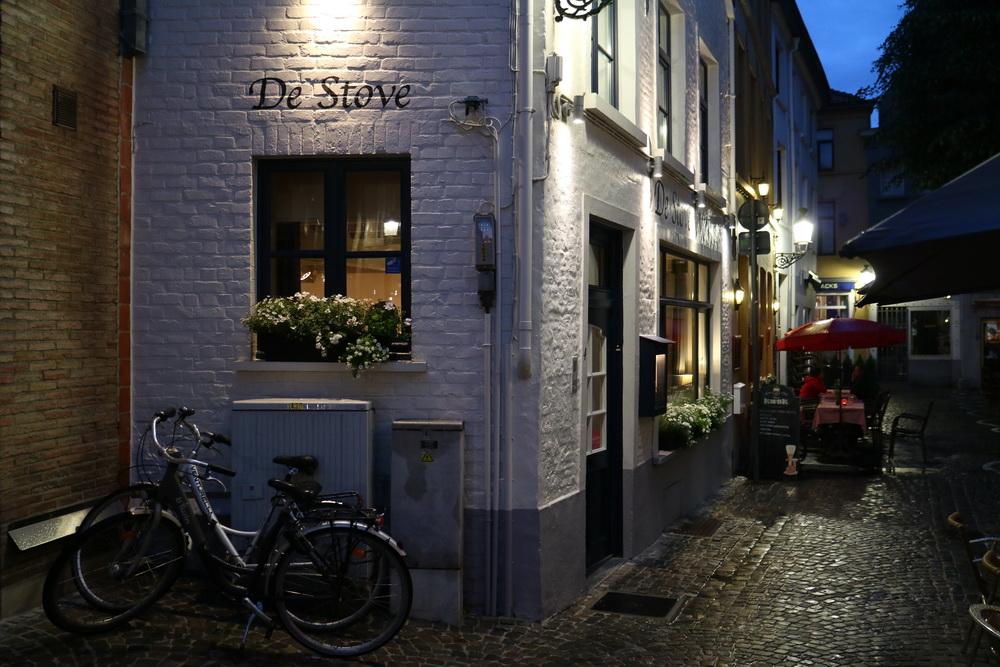 "Restaurant ""De Stove"""