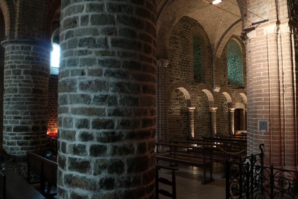 Mittelalter in der romanischen Basiliuskapelle