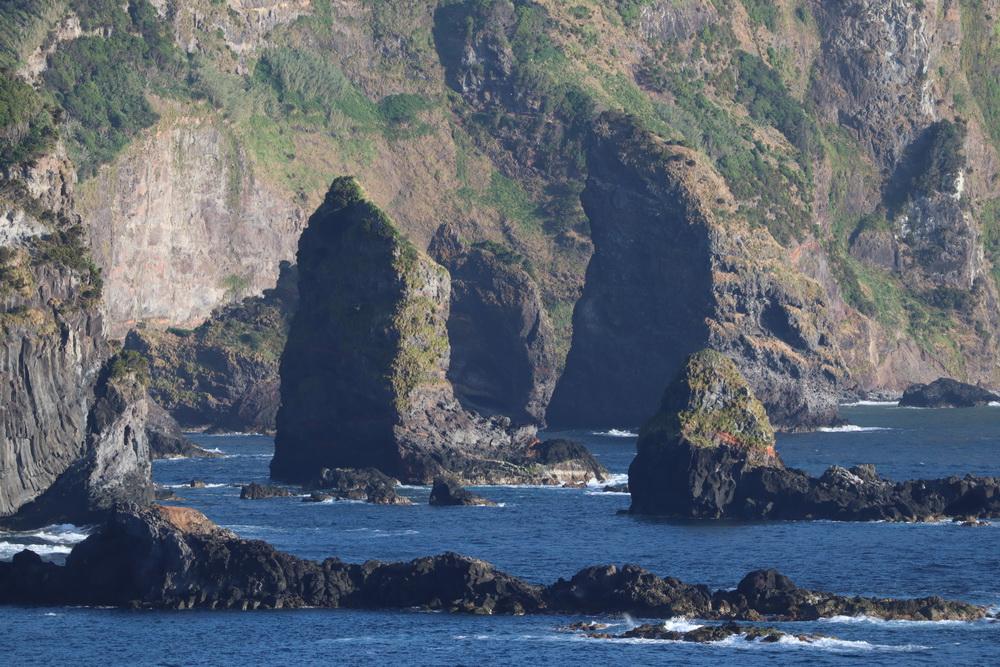Steilküste bei Santa Cruz das Flores