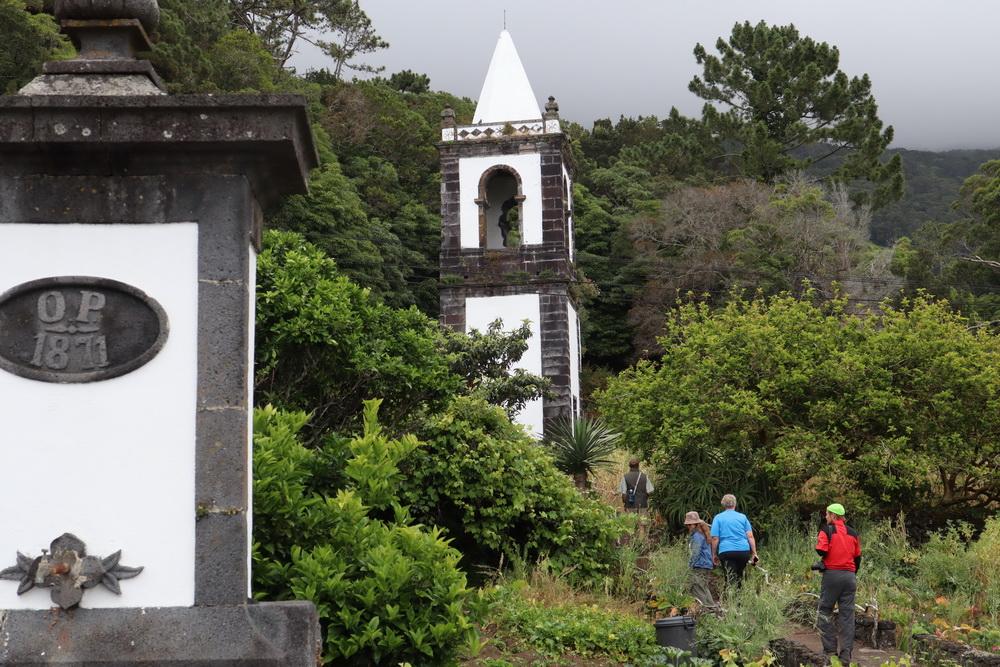 Kirchturm von Urzelina