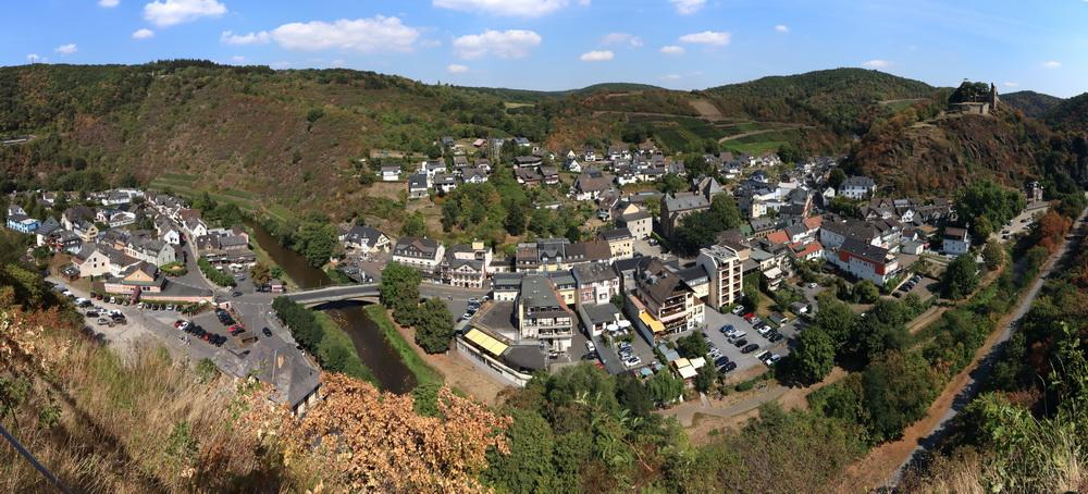 Altenahr mit Burg Are