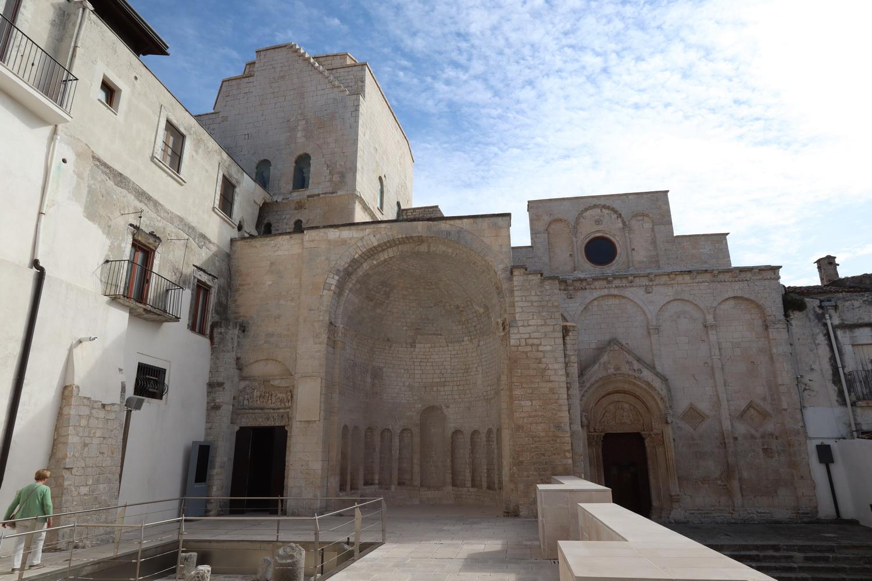 Tomba di Rotari, San Pietro, Santa Maria Maggiore