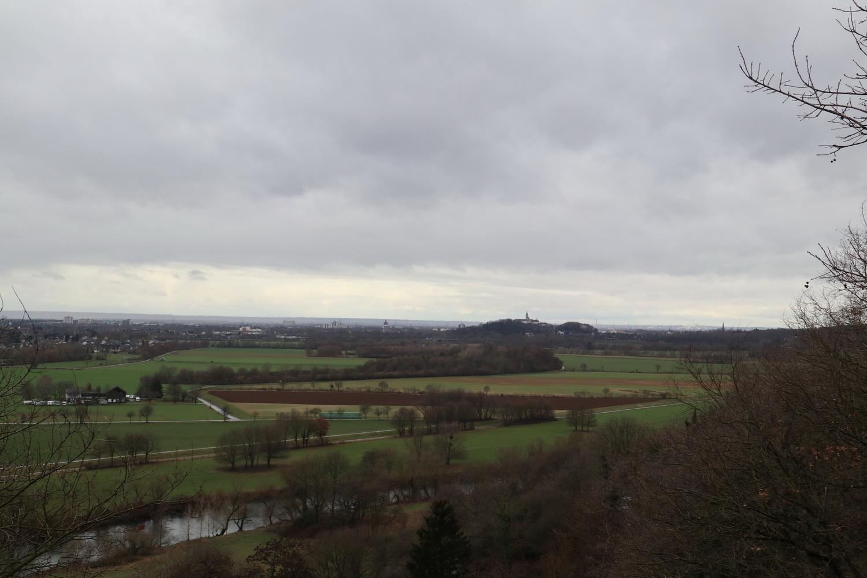Blick Richtung Siegburg mit Sieg und Abtei Michaelsberg