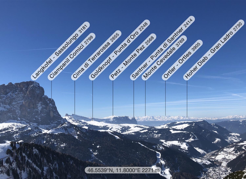 Langkofel, Schlern und Alpenhauptkamm vom Sella Joch
