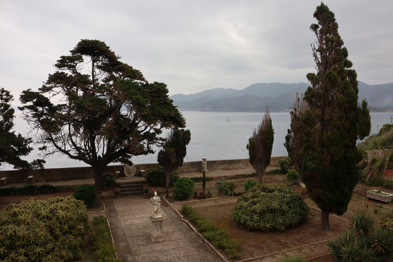 Haus mit Meerblick- der Garten der Villa Mulini