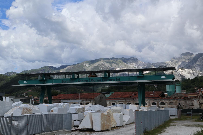 Carrara- Marmor