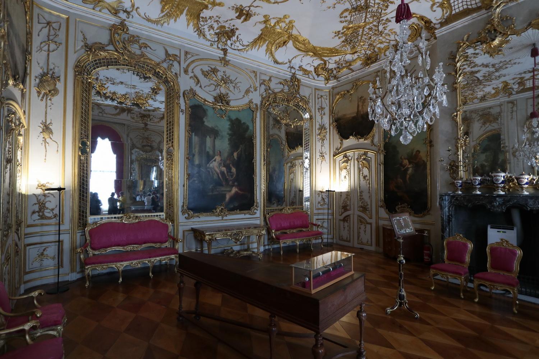Schöner Wohnen- Das Musikzimmer mit Querflöte Friedrich II.