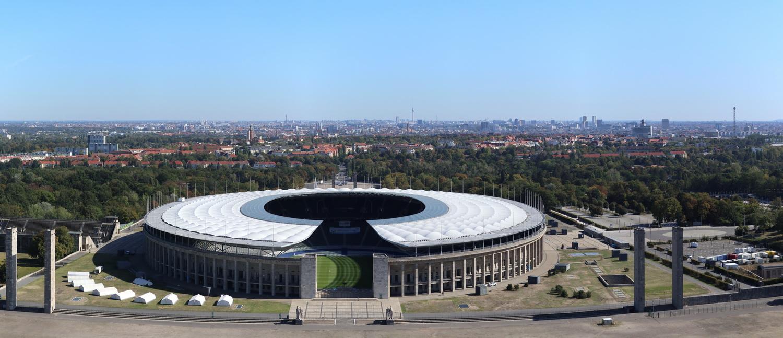 Olympiastadion Berlin- Blick vom Glockenturm nach Osten