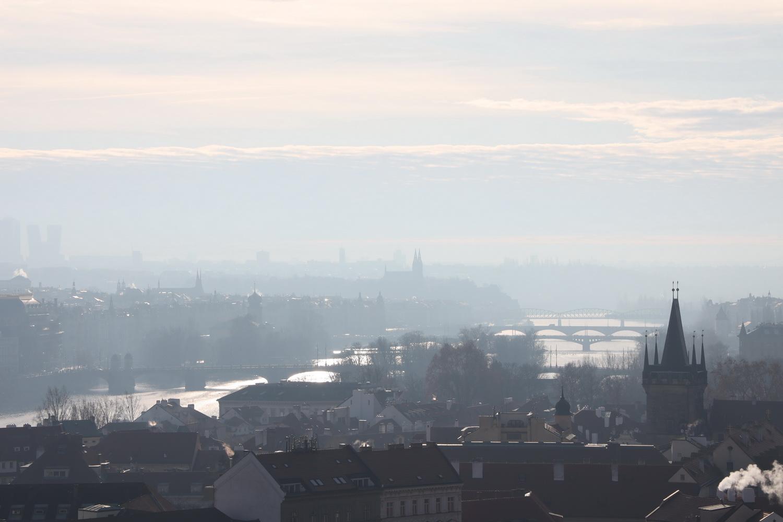 Blick von der Burg auf die Moldau nach Süden