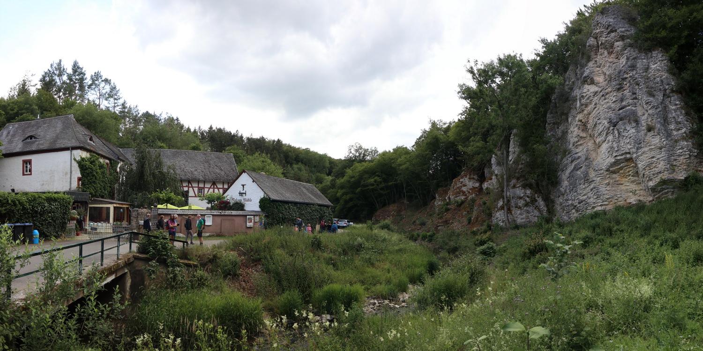 Ahbach- Tal mit Nohner Mühle