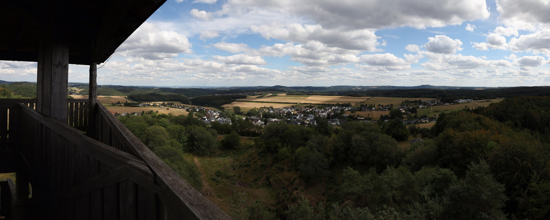 Blick auf Boos vom Eifelturm