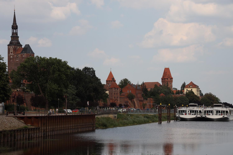 Tangermünde- Stephanskirche und Burg