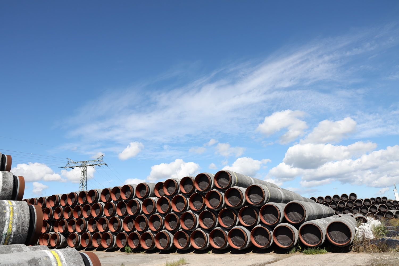 Sassnitz- Mukran- Rohre für die Pipeline Nord- Stream 2