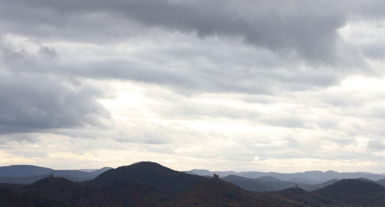 Berge, Wälder, Burgen- Wanderland Pfalz