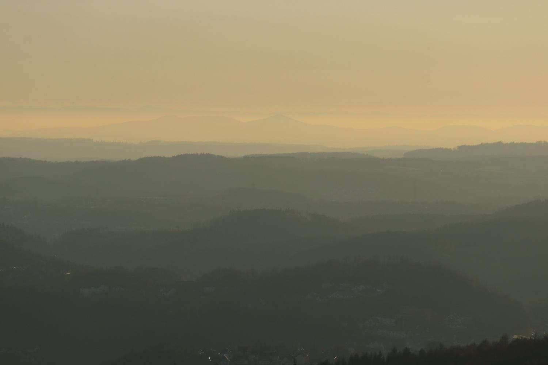 Bergische Wellenberge mit Siebengebirge und Eifel