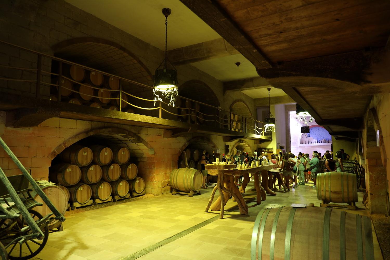 Keller der Cantina Carrisi