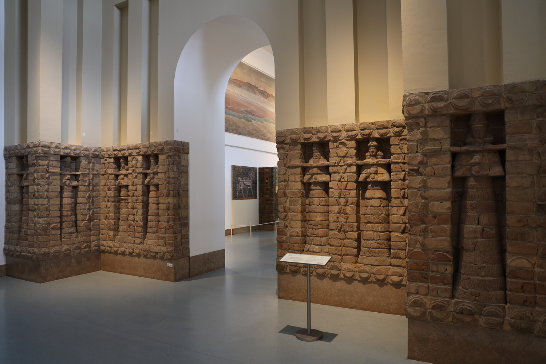 Fassade des Inanna-Tempel Uruk/Warka (Irak) um 1413 v.Chr.