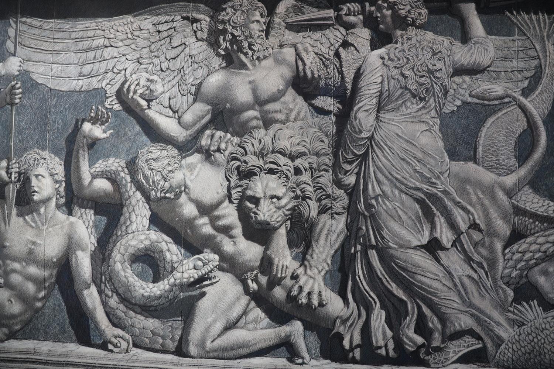 Asisis künstlerische Rekonstruktion der Fragmente im Nordfries