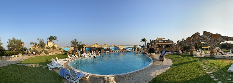 Der Pool der Anlage